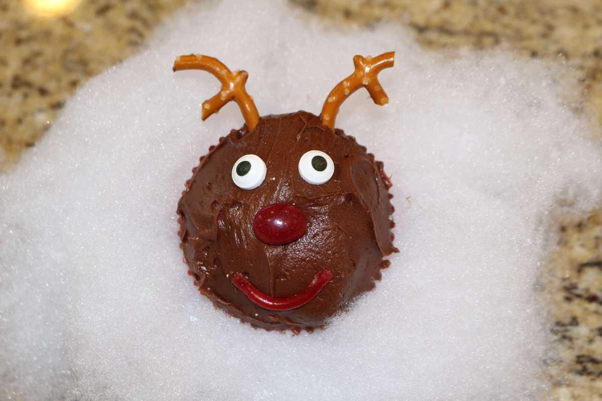 Rudolph-Cupcake