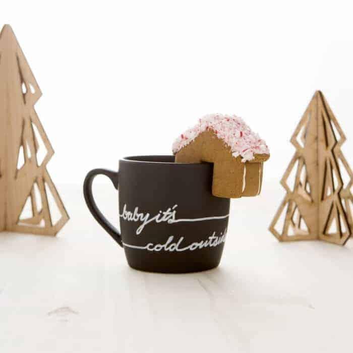 holiday_mug_gingerbread_house