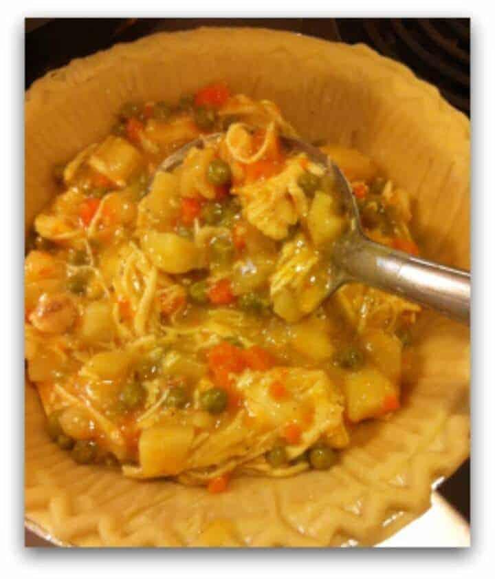 Easy Crockpot Recipes - crockpot chicken pot pie