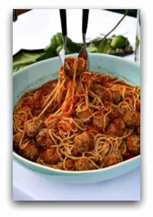 Easy Crockpot Recipes - crockpot spaghetti and meatballs