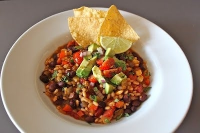 vegetarian-chili-with-avocado-salsa