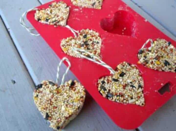 Natural-Valentines-Day-Kids-Crafts-300x224