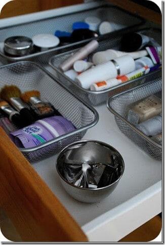 organizingbathroom2