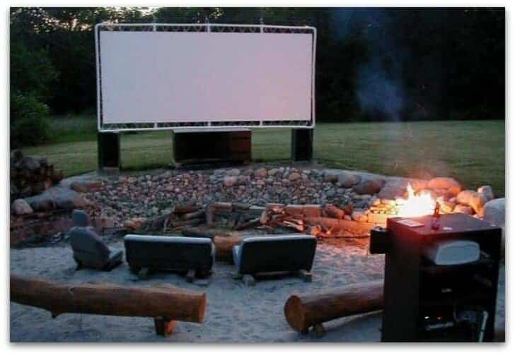 DIY pvc backyard movie screen