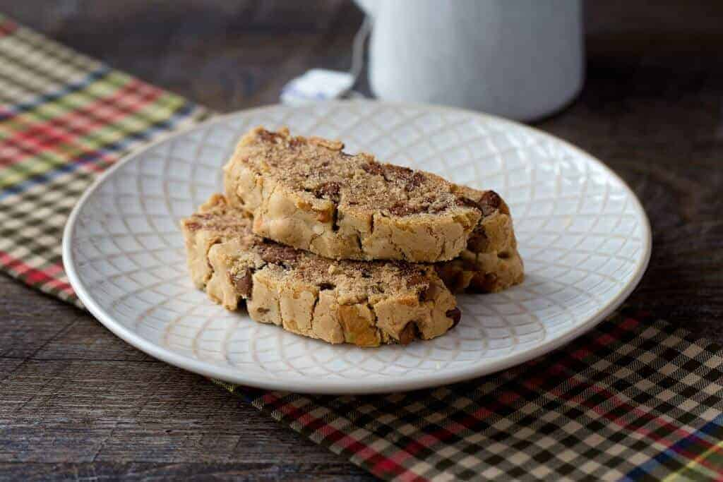 Cinnamon & Chocolate Chip Passover Mandel Bread - the perfect Passover dessert - so good you will want to eat it all year round!