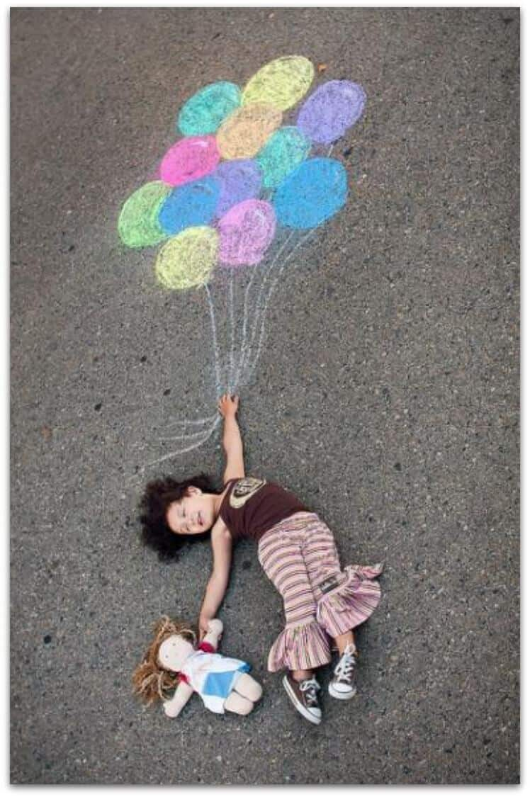 Amazing things to do with sidewalk chalk page 2 of 2 for Cool things to do with balloons