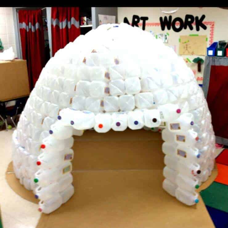 Totally awesome indoor forts page 2 of 2 princess for How to build an igloo out of milk jugs