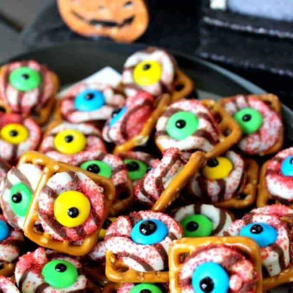 Monster Eyeball Pretzels