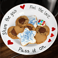 share the cookies plate