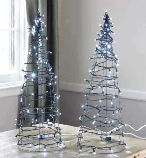tomato_cage_christmas_tree_lights