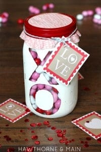 Valentine's Day See Through Jar {with free printable}