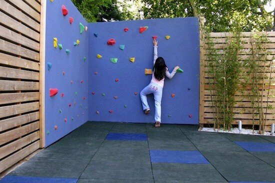 Build your own backyard rock climbing wall and other great DIY backyard ideas