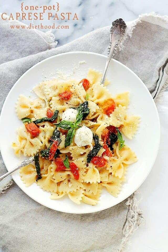 one_pot_caprese_pasta_