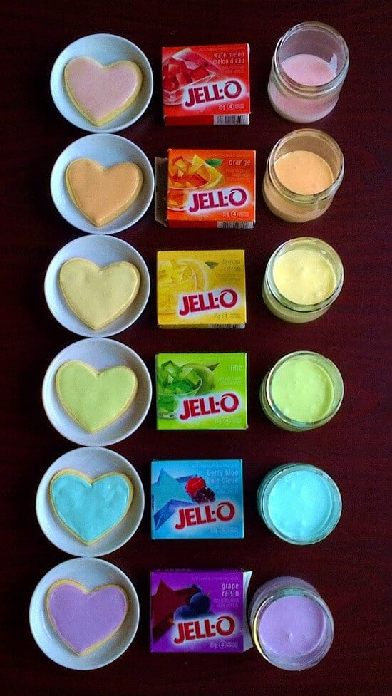use_jello_to_color_and_flavor_icing