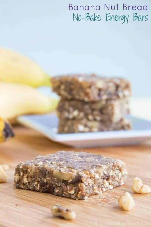 Banana Nut Bread No Bake Energy Bars - all the flavors of your favorite homemade banana bread recipe packed into a healthy snack