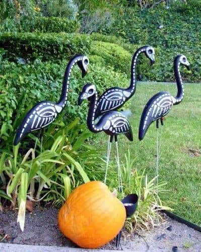 Easy outdoor Halloween Decorations
