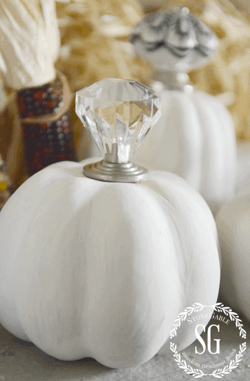 Vintage Knob Top Pumpkins by Stone Gable Blog