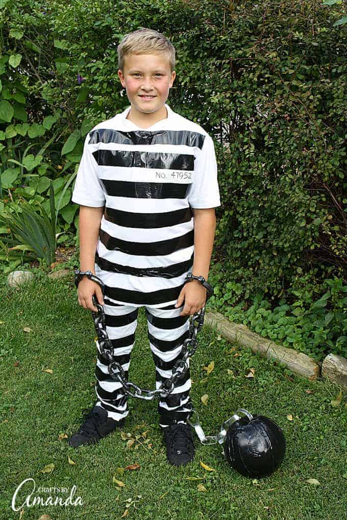DIY prisoner costume for Halloween from Crafts by Amanda