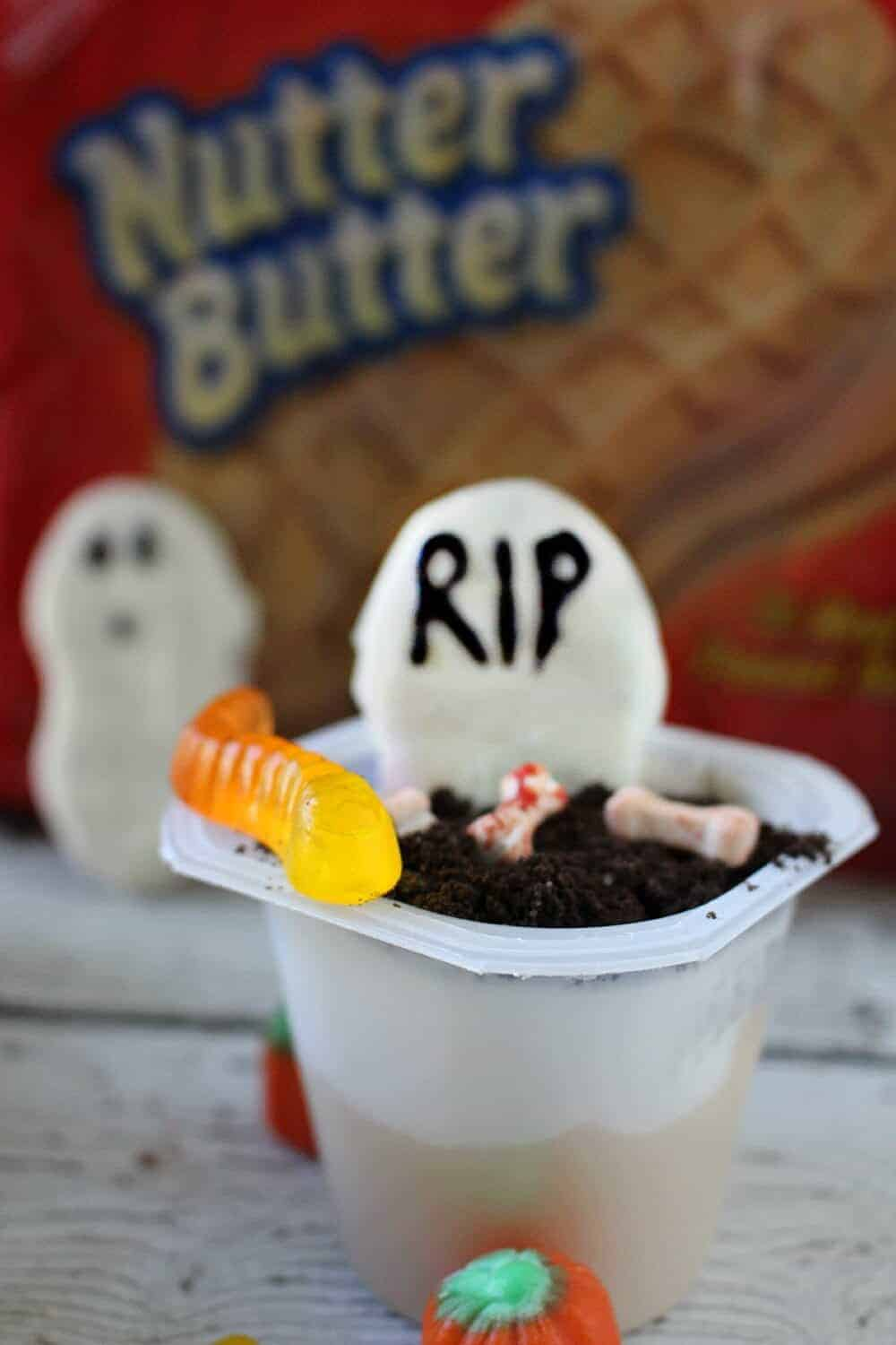 Spooky Nutter Butter and Pudding Snacks Graveyard