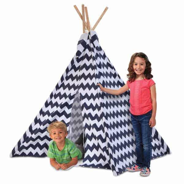 K3-7 Discovery-Kids-Zig-Zag-PatternI-ndoor-Outdoor-Play-Teepee-d8ad1642-7110-476f-8bfa-fa63091b6719_600