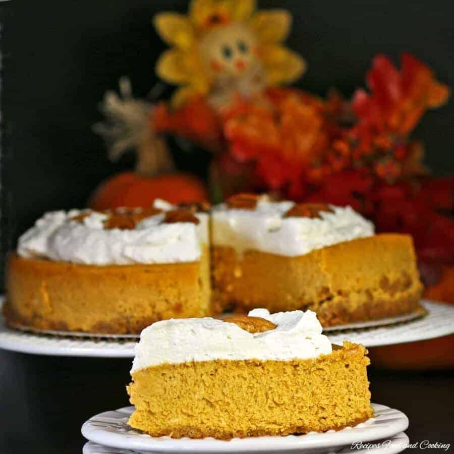 pumpkin-cheesecake-5f-900x900