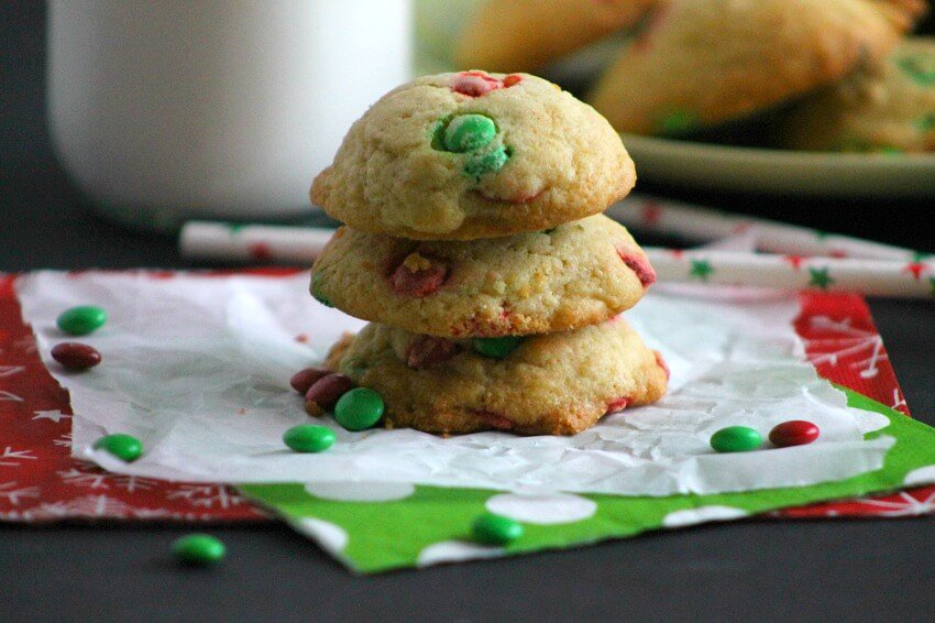 The Best Ever Christmas Cookies   Dozens and dozens of delicious Christmas Cookie Recipe ideas!