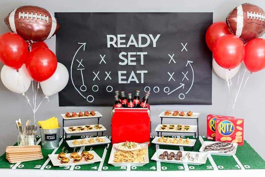 How-to-Throw-a-Touchdown-of-a-Game-Day-Party-1