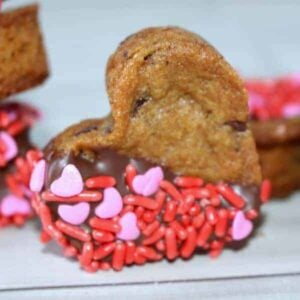 Valentine's Chocolate Chip Cookie Hearts