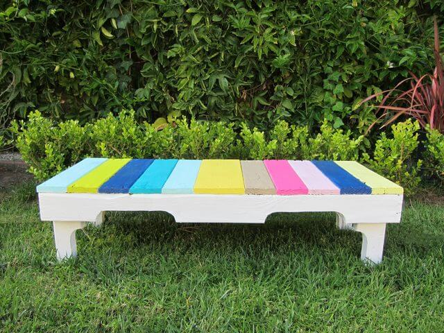 Pallet Benches by Ehow