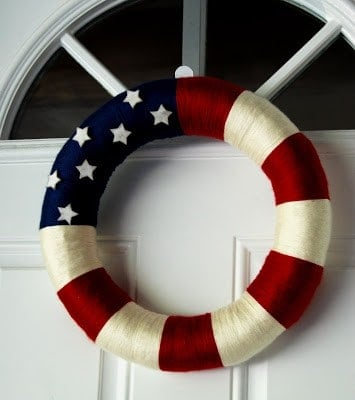 Patriotic Wreath by Naptime Crafting