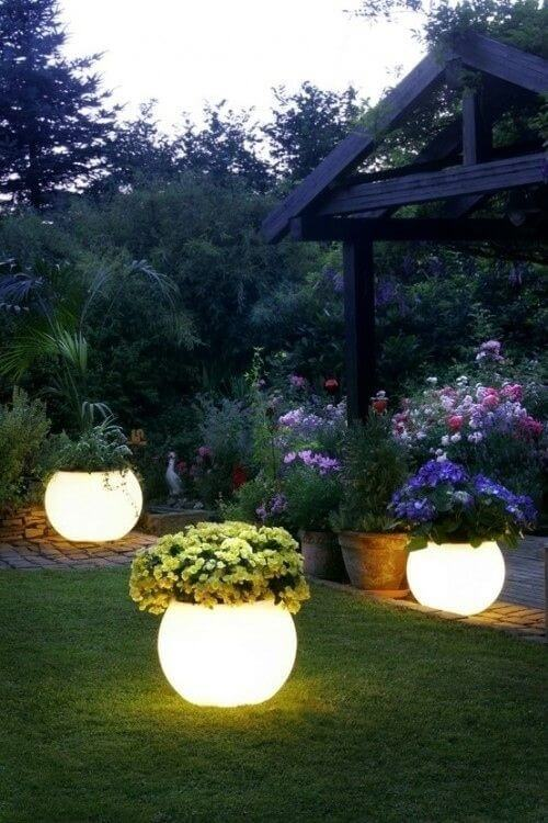 Glow in the Dark Planters | Indulgy
