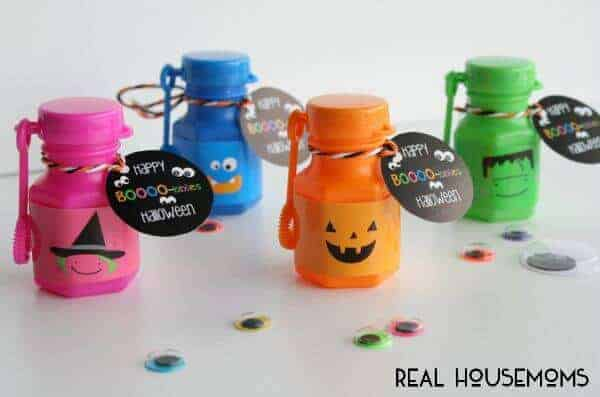 Happy Halloween Bubble Treats with Free Printable tags and wrappers by Real Housemoms