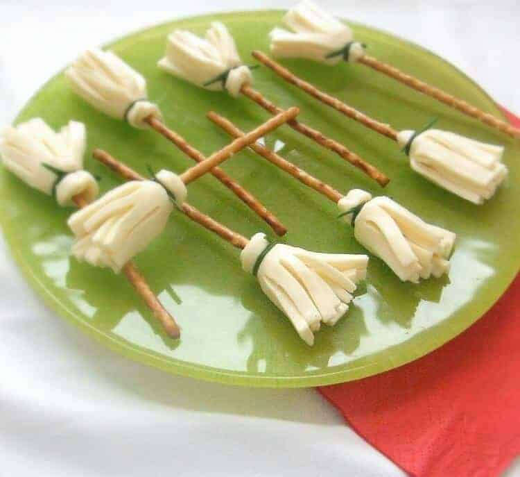 Healthy Witch Broomsticks from Cocinado Con Catman