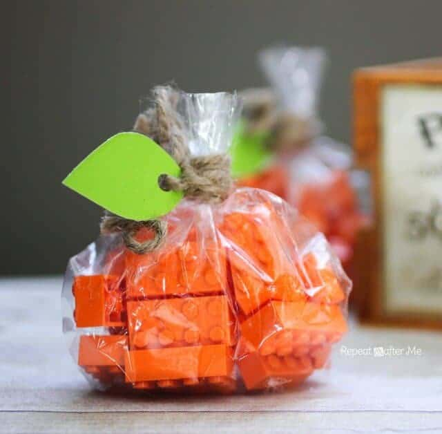 Lego Pumpkin Treat Bags by Repeat Crafter Me