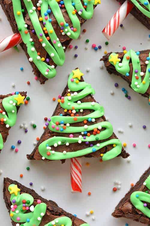 Looking for a delicious holiday snack or fabulous Christmas dessert? I am sharing some of my favorite holiday treat ideas. I know that you will find a few that you will want to make or give as holiday gifts!