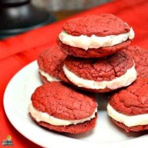Stufed Red Velvet Cookies