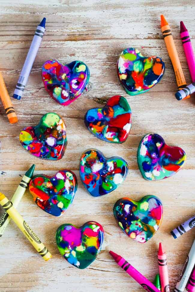 Heart-Shaped-Crayons