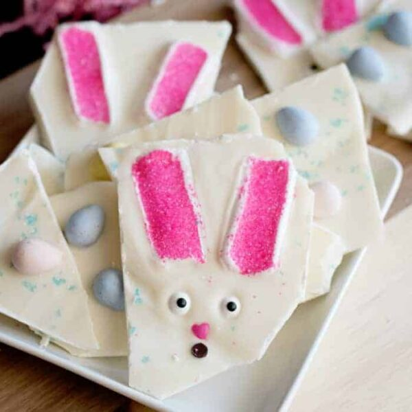Easter Bunny Chocolate Bark Featured Image