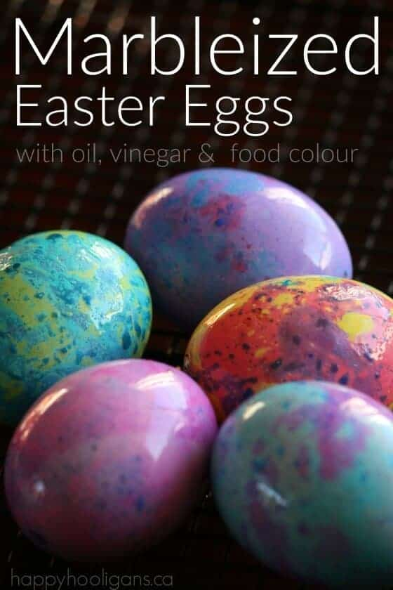 Marbelized Easter Eggs by Happy Hooligans | The Coolest Easter Egg Ideas!