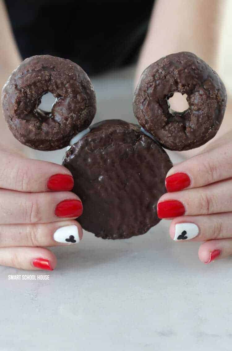 Mickey mouse Ding Dong Donuts by Smart School House | Mickey Mouse Ideas that are so cute!