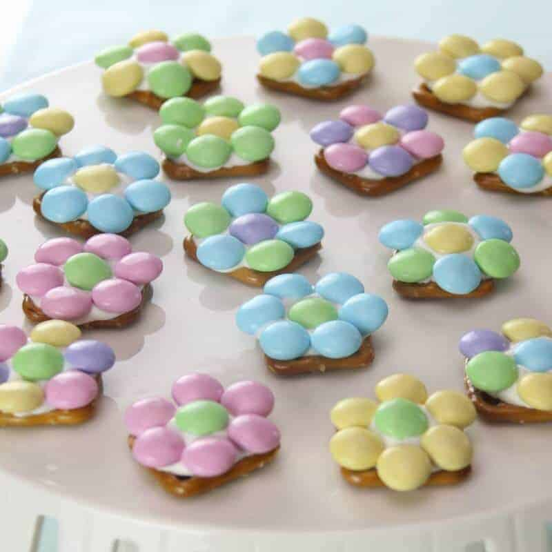 Spring Flower Pretzel Bites – Sweet and Salty Easter Treat