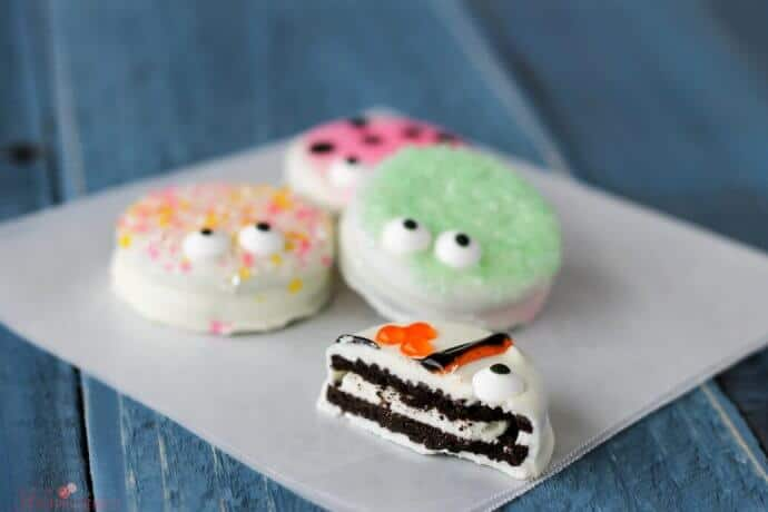 Chocolate Covered Oreo Critter Cookies a super cute and easy spring dessert