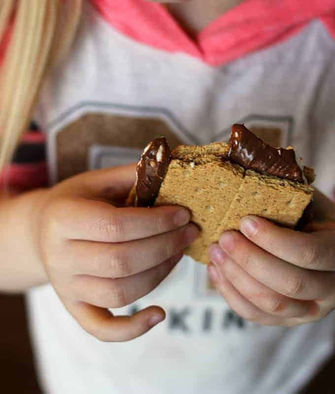 Easiest Indoor S'Mores (and as good as your campfire s'mores)