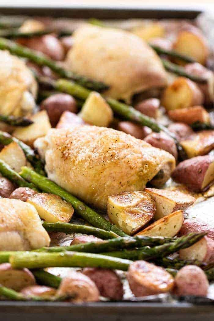 Simple Chicken and Vegetables Sheet Pan Dinner by Julies Eats and Treats | Easy Sheet Pan Dinner Ideas that Make Dinner Easy and Delicious!