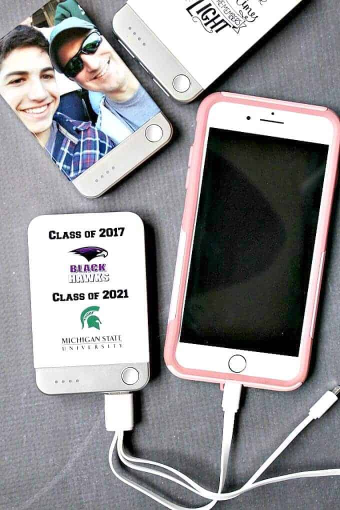 Graduation Gift - mobile portable chargers- such a great gift for your grad