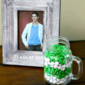 Personal Graduation Gifts for Grads