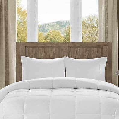 Year Round Down Comforter | The Top Grad Gifts