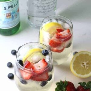 Skinny summer cocktail with vodka and pellegrino