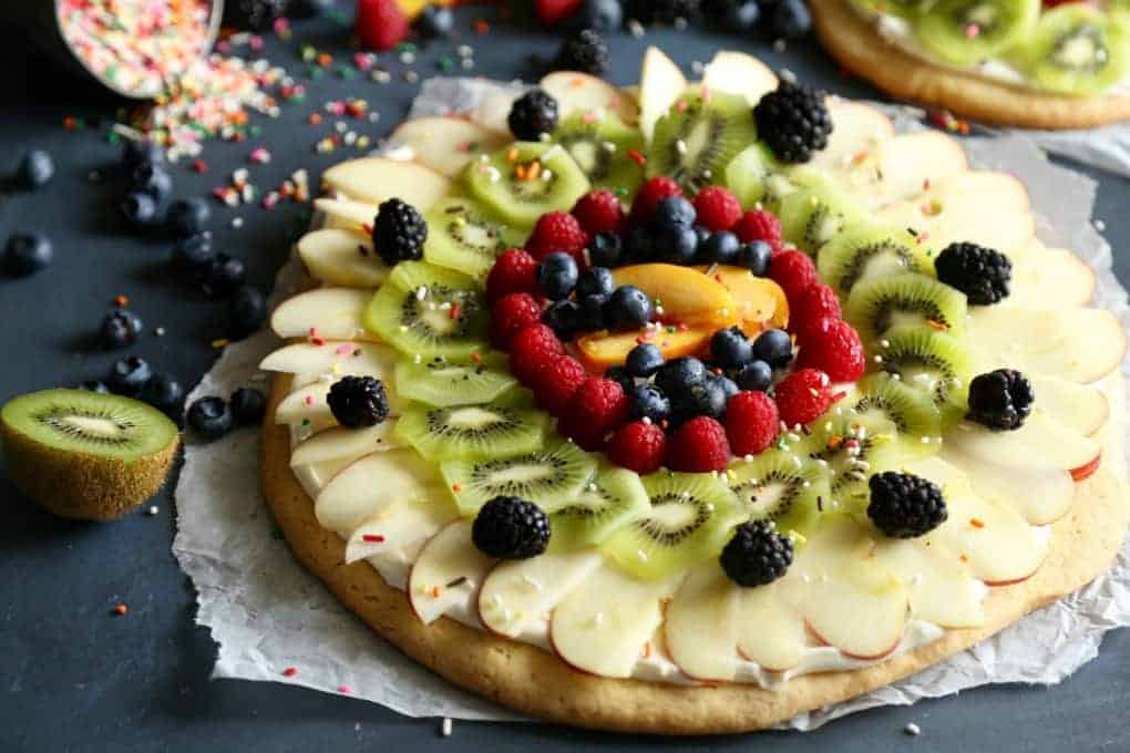 Make pretty designs on your Sugar Cookie Fruit Pizza