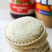 Peanut Butter and Jelly Freezer Sandwiches are a great trick to have up your sleeve when it comes to packing the kids' lunch boxes. These DIY Uncrustable Freezer Sandwiches are a huge time saver in the morning!.jpg